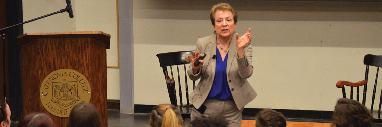 Washburn Lecturer Gives Insight to the Struggles Endured by Suffragists