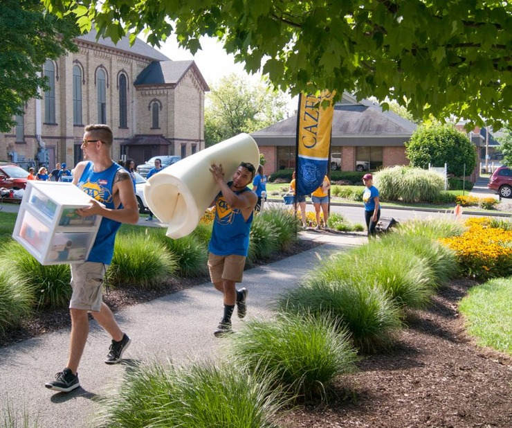 Students Move-In to Cazenovia Dorms